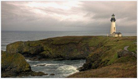 Yakina_Head_Lighthouse_by_tourofnature