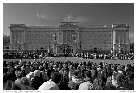 Changing of the Guard at Buckingham Palace, photographed by QT Luong